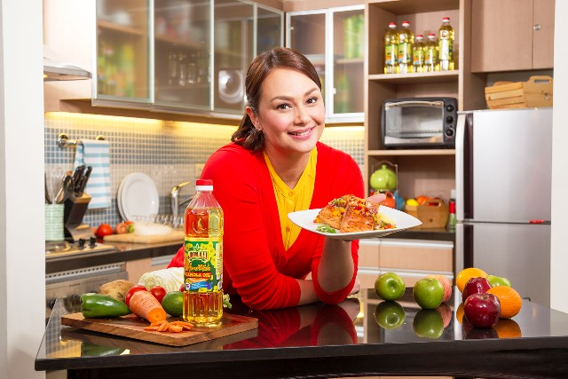 Heart Mate Kitchen Season 2 with Celebrity Chef Donita Rose