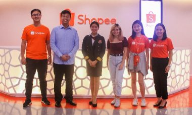 Shopee Awards P1000 to Scholars